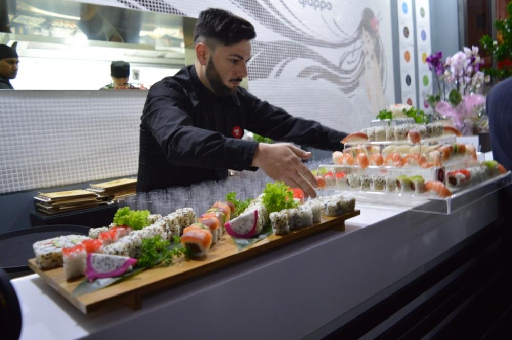 Franchising giappo aprire un sushi bar giappo franchising2 for Aprire il concetto di soggiorno