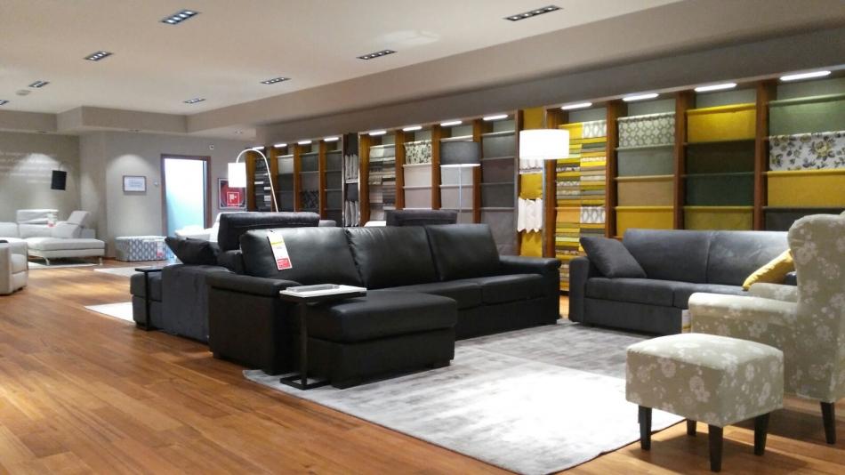 Poltrone e sofa tessuti lavabili trendy poltrone e sofa for Outlet poltrone